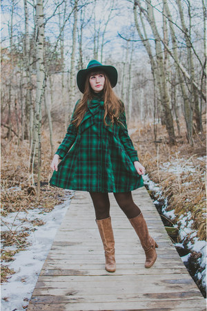 forest green chicwish bow Chicwish coat - light brown thrifted boots