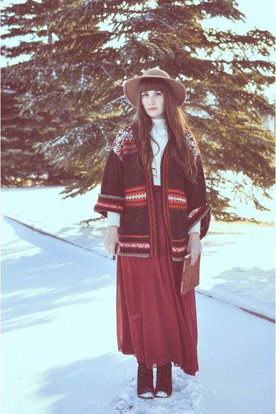 crimson Zara sweater - light brown Topshop hat - crimson long skirt OASAP skirt