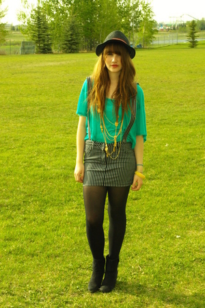green dolman Urban Outfitters blouse - black Value Village boots
