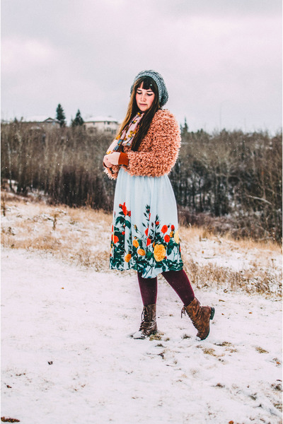 aquamarine OASAP skirt - heather gray H&M hat - pink Value Village tie