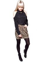 black whitecrowonline blouse - brown leopard furry whitecrowonline skirt