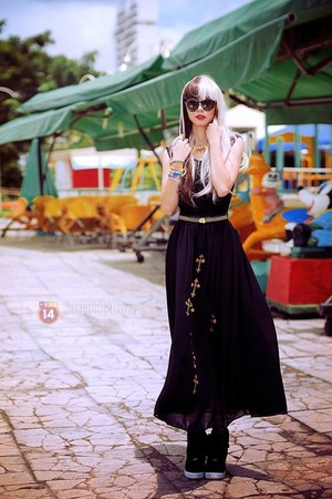 black dress - black loafers - dark brown glasses - mustard belt