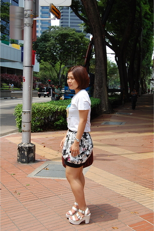 Topman t-shirt - Topshop skirt - Gap shoes - Miu Miu purse