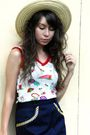 Red-vintage-top-blue-vintage-skirt-beige-vintage-hat-brown-vintage-purse-