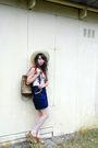 Red-vintage-top-blue-vintage-skirt-beige-vintage-hat-brown-vintage-purse-