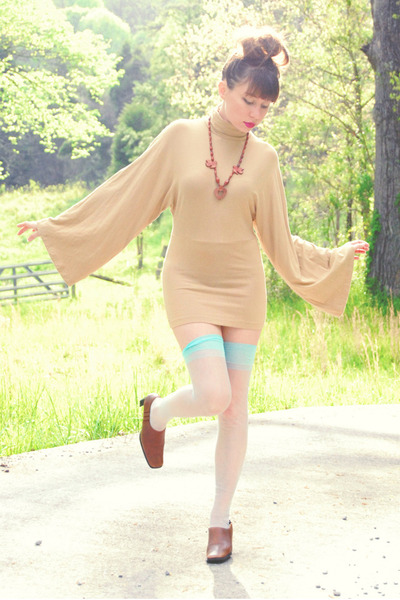 camel trumpet sleeve dress - brown ankle bootie heels - light blue thigh high st