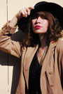 Beige-vintage-jacket-black-topshop-dress-brown-vintage-bag-beige-vintage-s