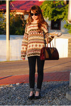 brown vintage sweater - black jeans - black shoes - brown vintage - brown sungla