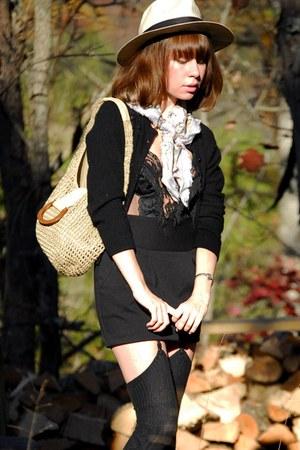 black vintage top - eggshell vintage hat - periwinkle vintage scarf