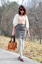heather gray polka dot tights - dark brown kilty vintage shoes