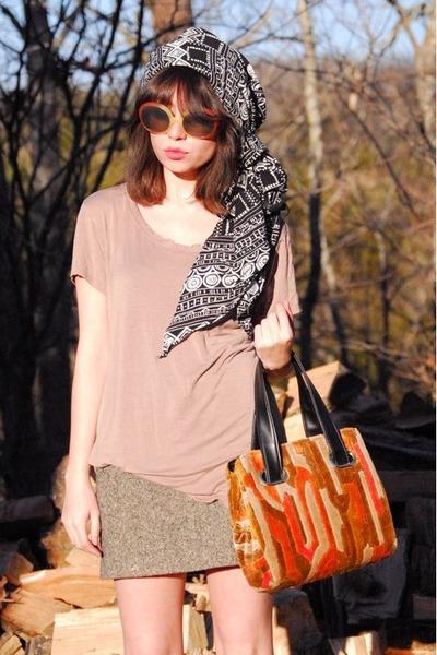 carrot orange carpet vintage bag - tawny farylrobin boots