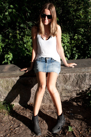 black Nelly boots - sky blue Vero Moda skirt - white H&M vest