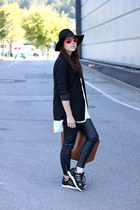 black H&M blazer - black Adidas Originals sneakers