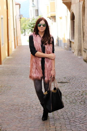 pink Anna Scott vest
