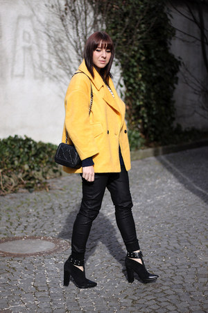yellow H&M Trend coat