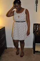 gold Forever 21 necklace - red Payless shoes - white polyester Forever 21 dress