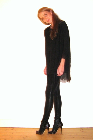 black Jimmy Choo for h&m shoes - black H&M shirt - black Samse & Samse leggings
