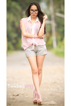 light pink top - pink boots - heather gray shorts - black glasses