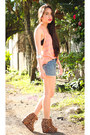 Light-orange-forever-21-top-brown-boots-teal-levis-shorts