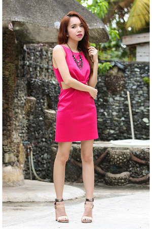 hot pink inlovewithfashion dress