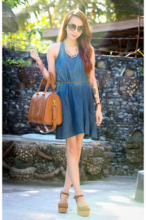 burnt orange maxenes closet bag - navy aupie dress