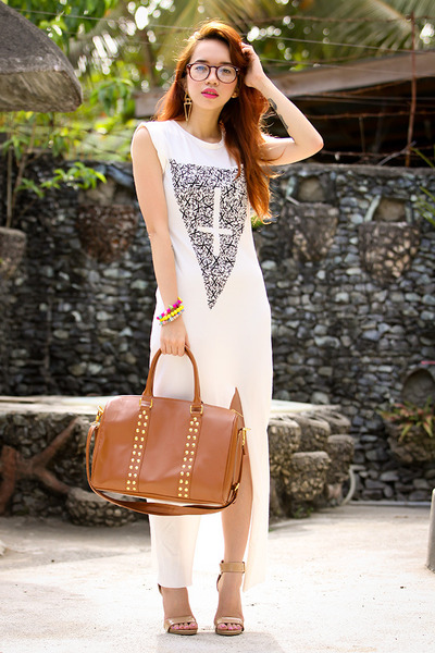 burnt orange bag - white dress