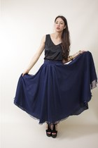 slouchy wild hearts vintage top - full circle wild hearts vintage skirt