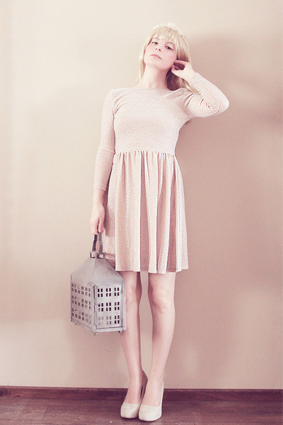 neutral silver thread Topshop dress - neutral thrifted heels