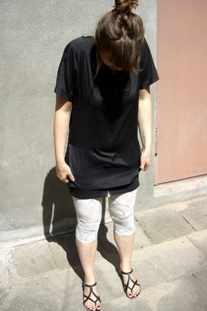 vintage t-shirt - H&M dress - Diesel leggings - vagabond shoes