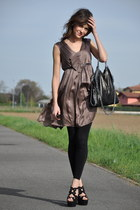 light brown max&co dress - black Stella McCartney bag - black Max Bianco heels