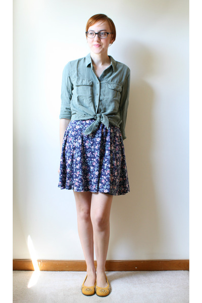 blue vintage dress - olive green H&M blouse - mustard aerosoles flats