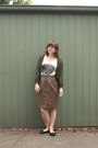White-silent-theory-top-light-brown-vintage-skirt