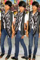 vintagedad vest - t-shirt - Zara jeans - Zara scarf - mitchybell shoes