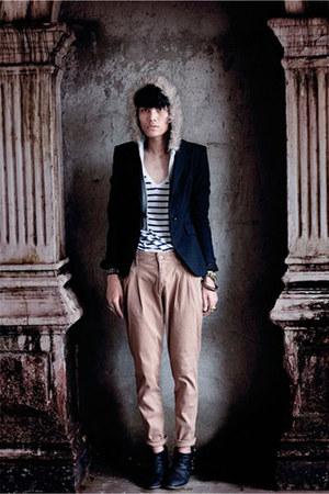 black Zara boots - periwinkle fur hoodie Zara jacket - black Zara blazer - musta