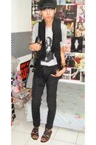 gray t-shirt - black pants - black shoes - black scarf - black accessories