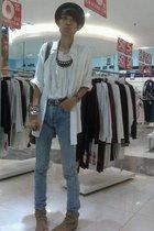 foblyindonesia hat - banana republic shirt - t-shirt - vintagemom closet jeans -