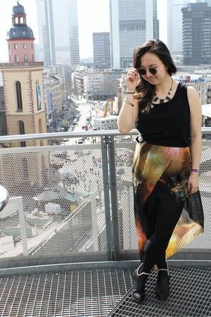 galaxy print romwe skirt - vintage Total Recall Vintage sunglasses