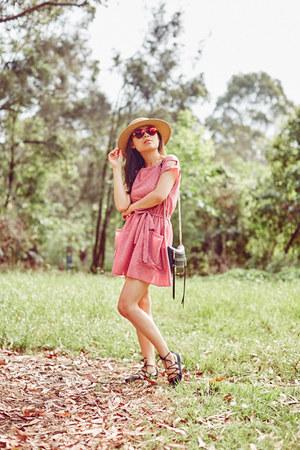 vintage dress - Forever 21 hat - Rebecca Minkoff bag - Zara flats