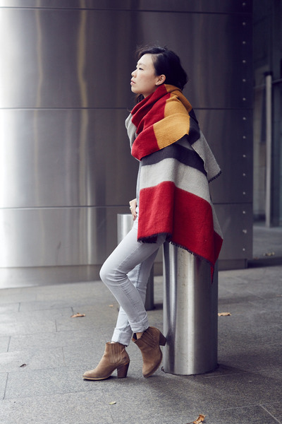 Topshop-boots-cheap-monday-jeans-colour-block-zara-scarf-addtension-ring