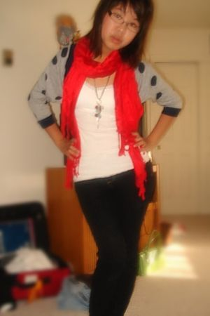 gray Forever 21 cardigan - black thrifted in china jeans - white Aeropostale top