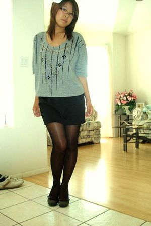 gray Urban Outfitters top - black thrifted at crossroads trading co skirt - blac