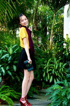 brick red Charles & Keith wedges - black boutique skirt - mustard NET t-shirt