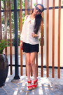 Red-rebecca-minkoff-purse-black-zara-shorts-red-lyn-around-sandals