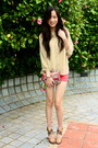 Gold-charles-keith-heels-accessorize-purse-coral-local-boutique-shorts