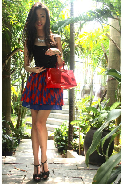 blue lyn around skirt - red Louis Vuitton purse - black Charles & Keith heels