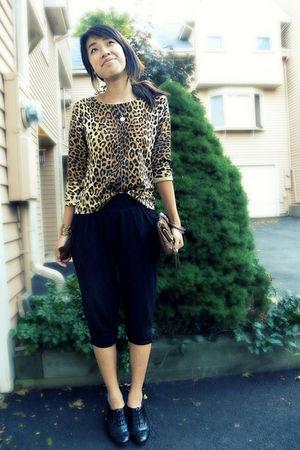 brown Jones New York sweater - brown Jessica Simpson purse - black Express pants
