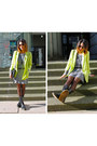Black-doc-martin-boots-heather-gray-h-m-dress-chartreuse-h-m-blazer