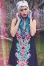 Black-paradise-dress-gentle-fawn-dress-bubble-gum-elsie-fred-sunglasses