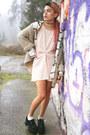 Light-pink-sequin-motel-rocks-dress