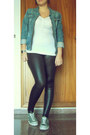 Navy-vintage-jacket-white-vinil-oysho-leggings-silver-casio-watch